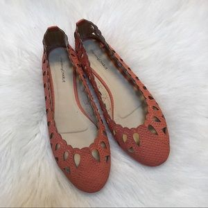 Charming Charlie scalloped coral flats